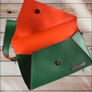 JANTAMINIAU Green Origami Spring Clutch Wristlet
